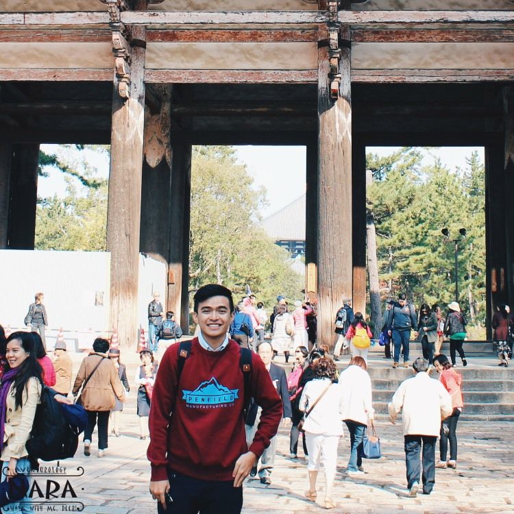 Me, and the Nandaimon Gate.