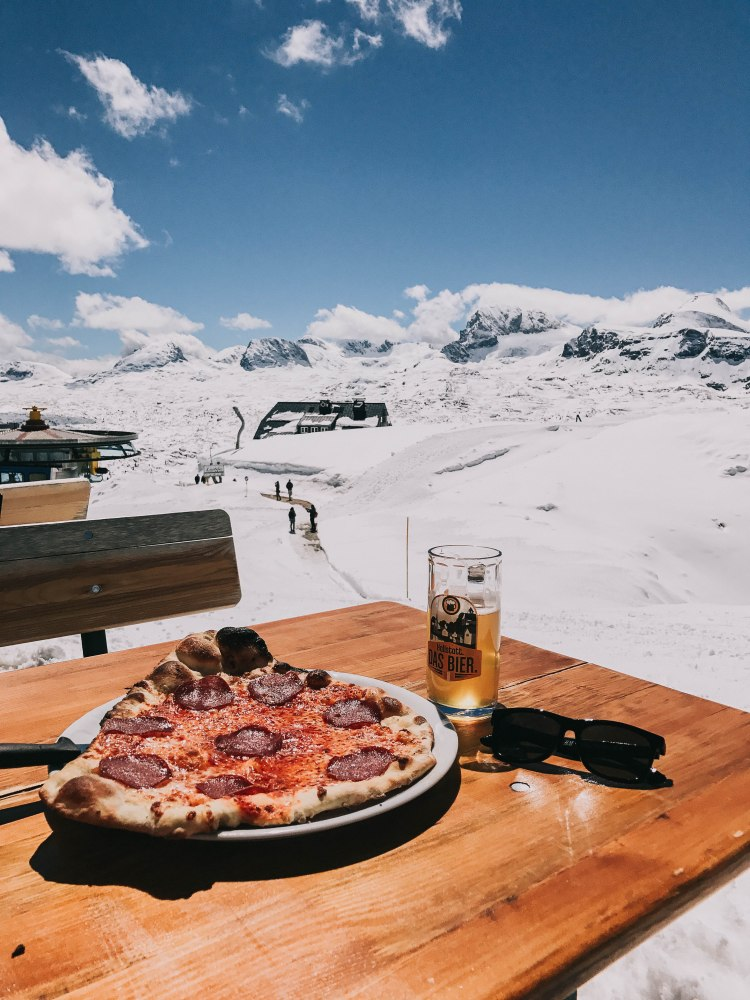 Lunch with pizza on top of Dachstein
