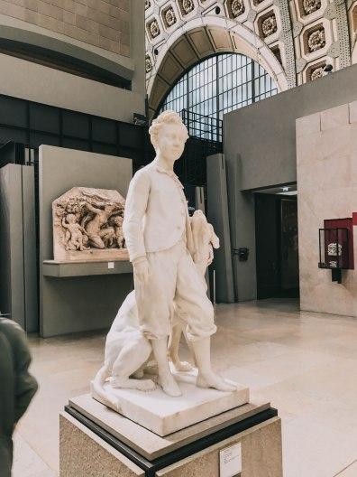 Bảo tàng d'Orsay Pháp Paris Musee d'Orsay tượng đứa trẻ boy sculpture