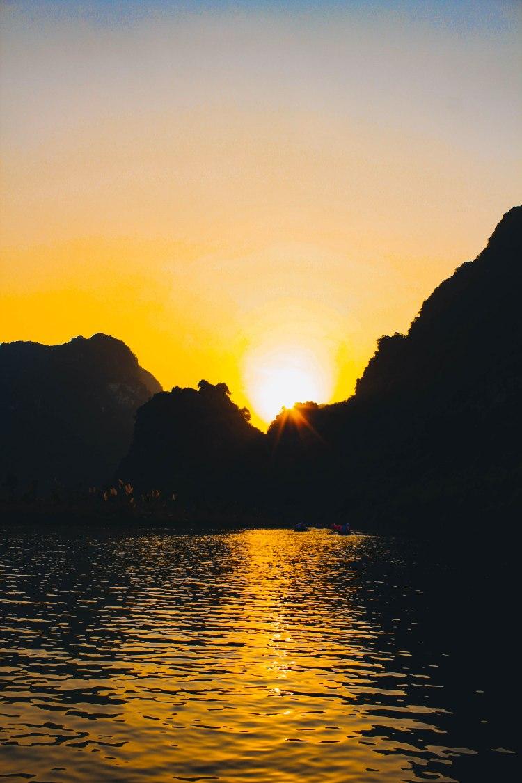 Hoàng Hôn Ninh Bình