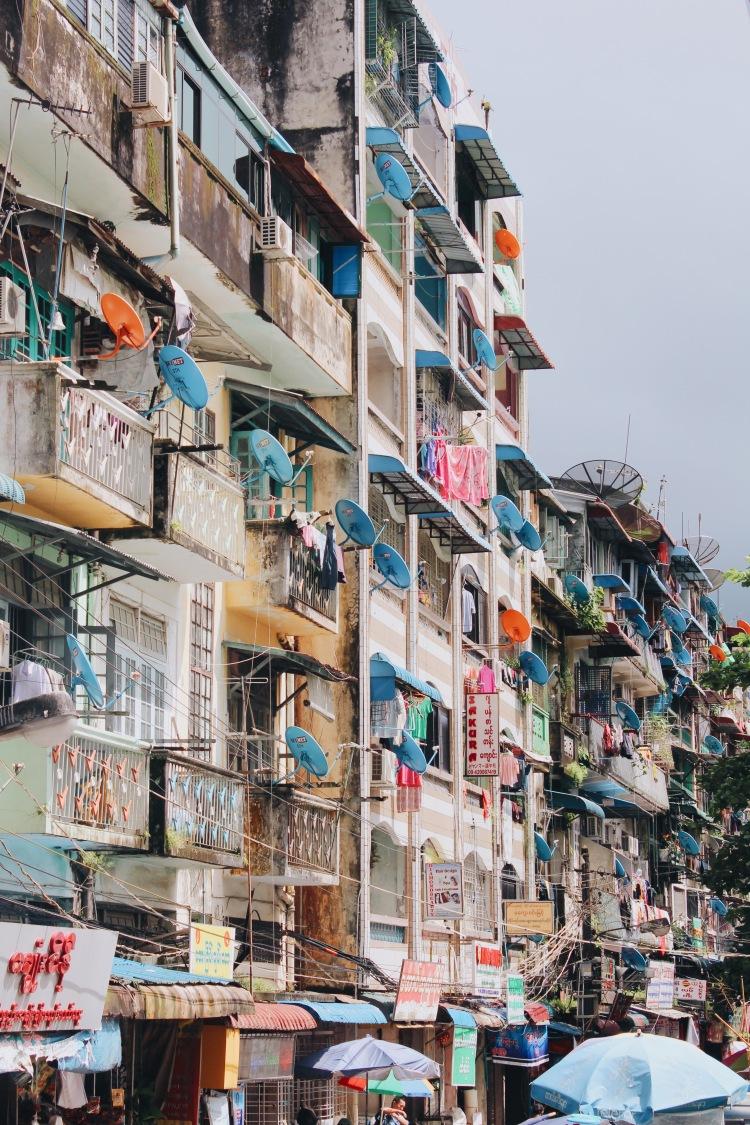Những gam màu Yangon, 24 giờ Yangon's colorful shades, 24 hours Venturology Lý Thành Cơ