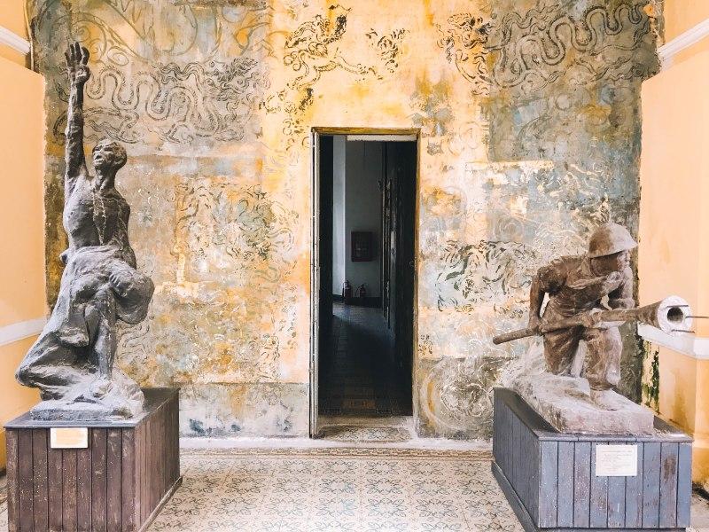 Hành lang Bảo Tàng Mỹ Thuật Thành phố Hồ Chí Minh Fine Arts Museum