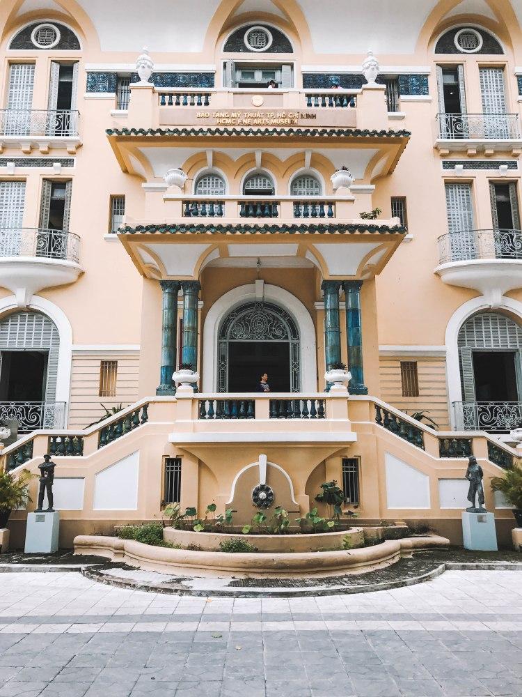 Mặt chính Bảo Tàng Mỹ Thuật Thành phố Hồ Chí Minh Fine Arts Museum