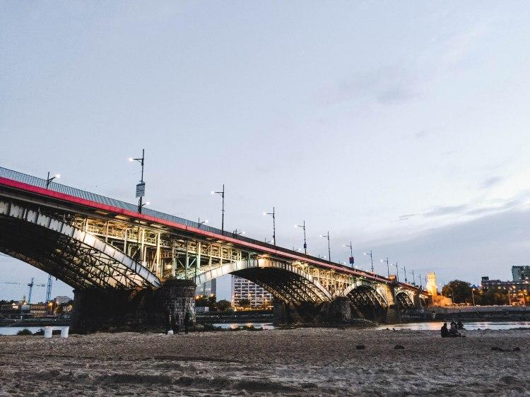 Warsaw bridge beach