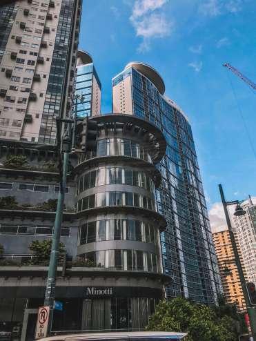 Cao ốc ở Manila