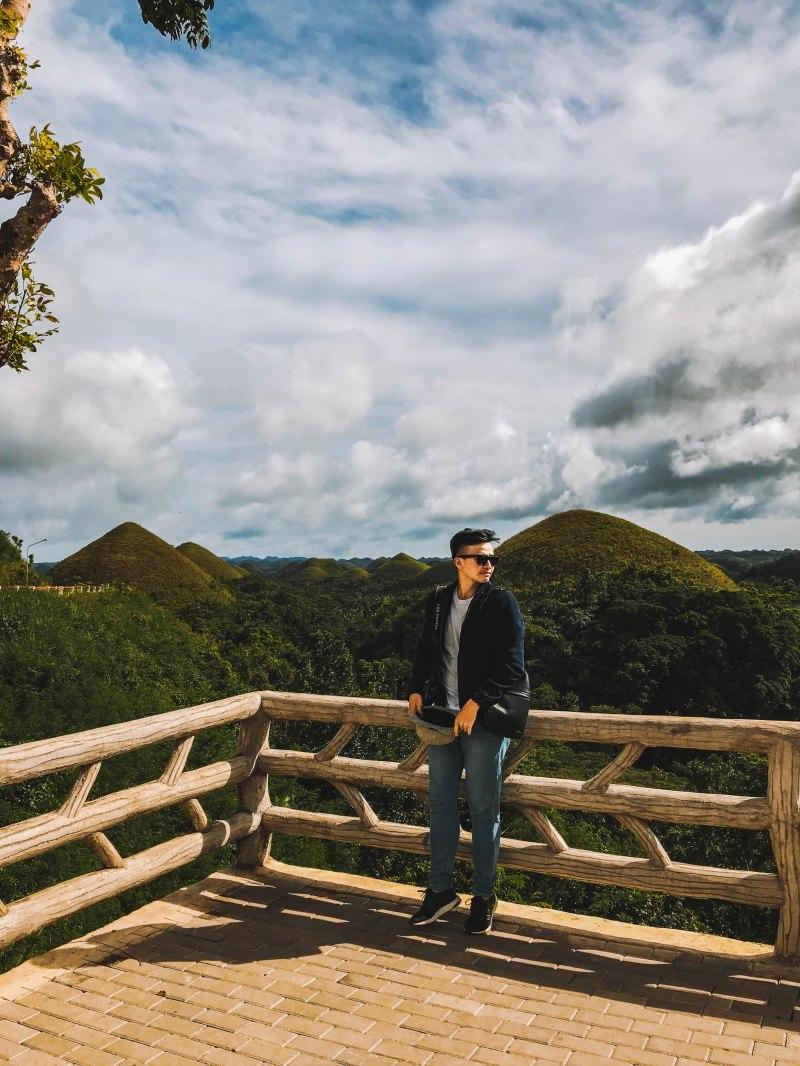 Lý Thành Cơ Venturology Chocolate Hills Bohol Philippines