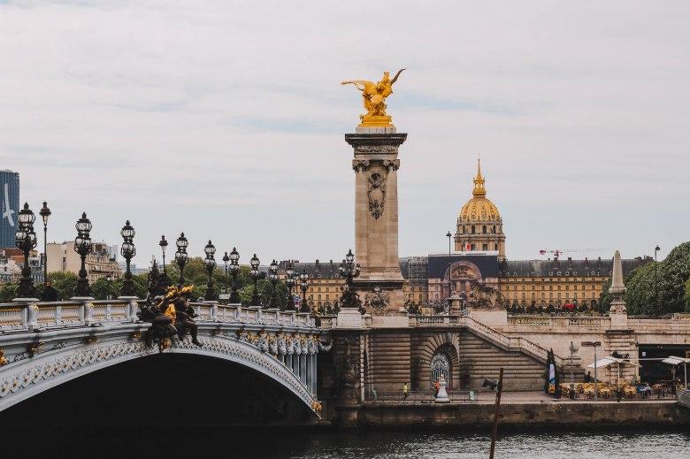 Cầu Alexandre III tại Paris