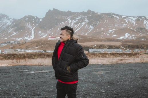 Lý Thành Cơ ở Vík Iceland