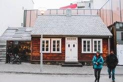 Reykjavik Iceland ngôi nhà gỗ