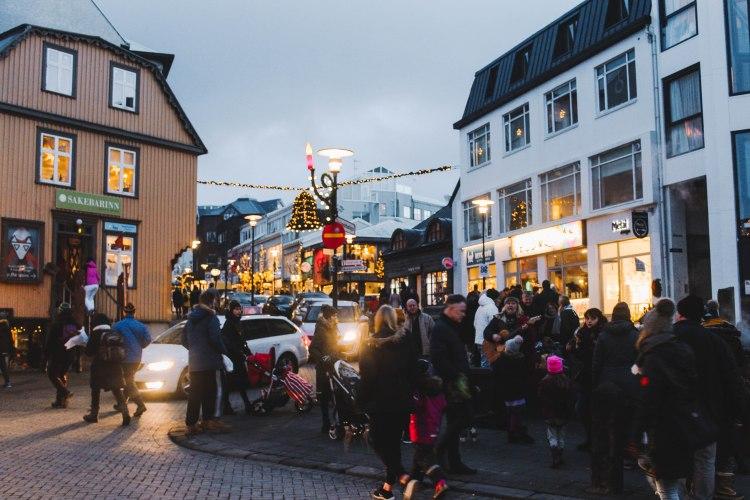 Reykjavik Iceland phố Giáng Sinh