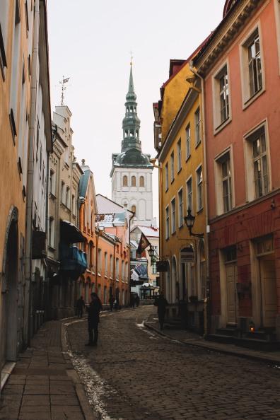 Góc đường xinh xắn ở Phố cổ Tallinn Estonia