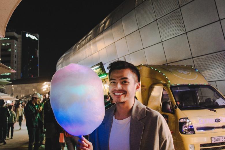Kẹo Bông Gòn đèn Led Lý Thành Cơ