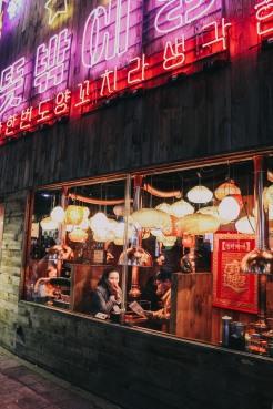 Nhà hàng ở Hongdae