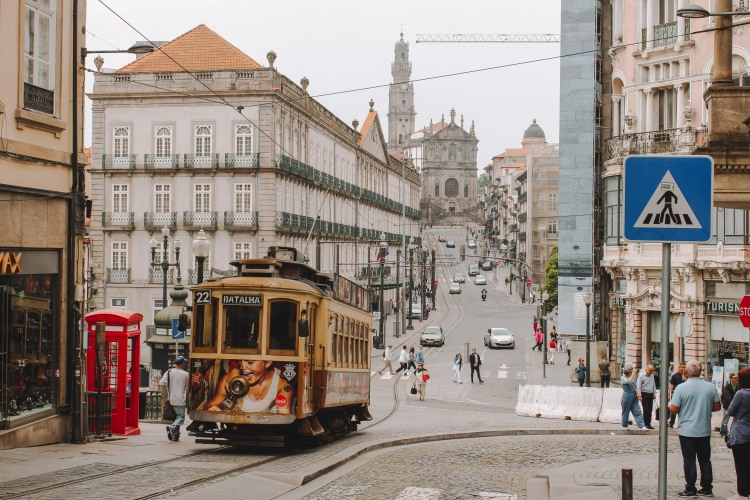 Tram tại Porto