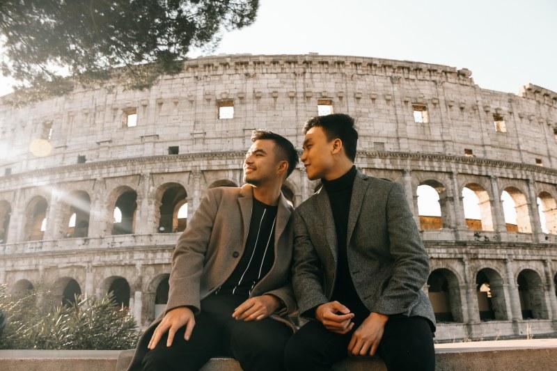 Không Còn Cô Đơn Trên Đất Ý