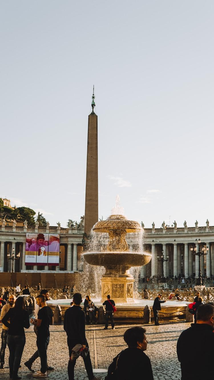 vatican, bước chân vào thành phố thiêng liêng lý thành cơ 2