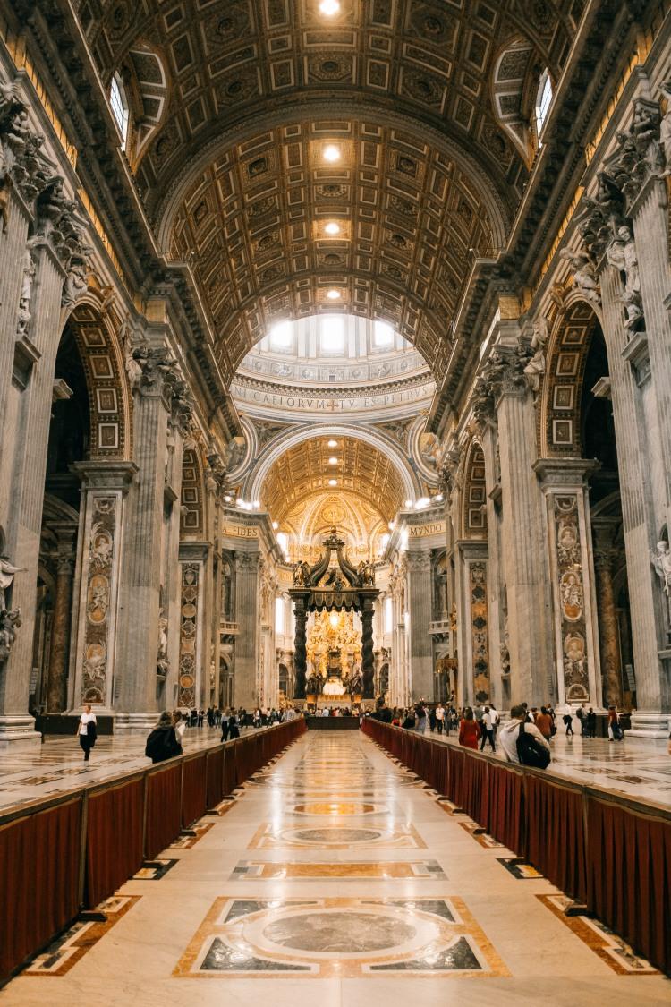 vatican, bước chân vào thành phố thiêng liêng lý thành cơ 4