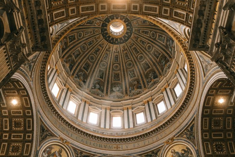 vatican, bước chân vào thành phố thiêng liêng lý thành cơ 6
