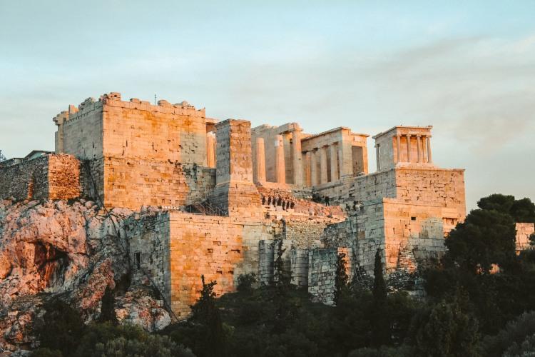 Athens, Không Chỉ Có Những Vị Thần 1