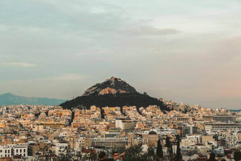 Athens, Không Chỉ Có Những Vị Thần 4