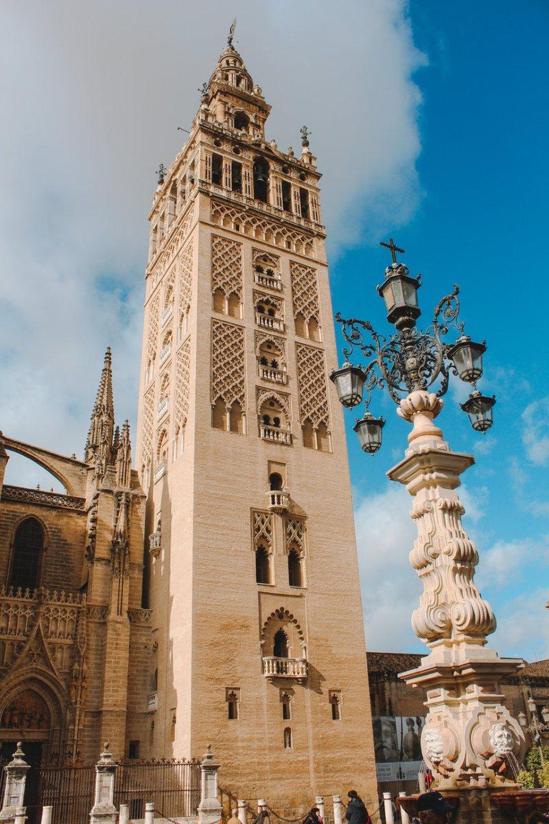 Đến Seville Để Sống Chậm 1