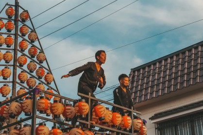 Long den Nihonmatsu Ly Thanh Co 8